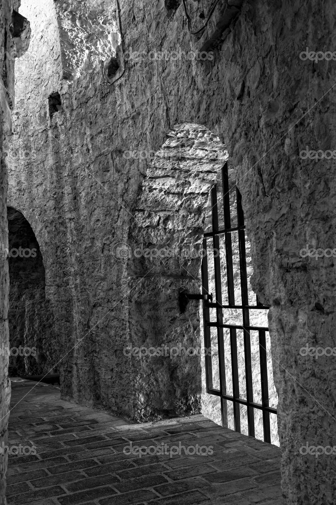 Interior of a prison inside the citadel in Hvar, Croatia — Stock Photo #4006418
