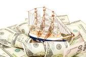 从美元的大浪航行船只 — 图库照片