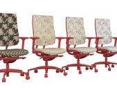 Quattro poltrone ufficio rosso floreale isolati — Foto Stock