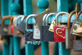 Padlocks hanging on Tumski bridge — Stock Photo