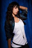 Beautiful young woman portrait in studio — Stock Photo