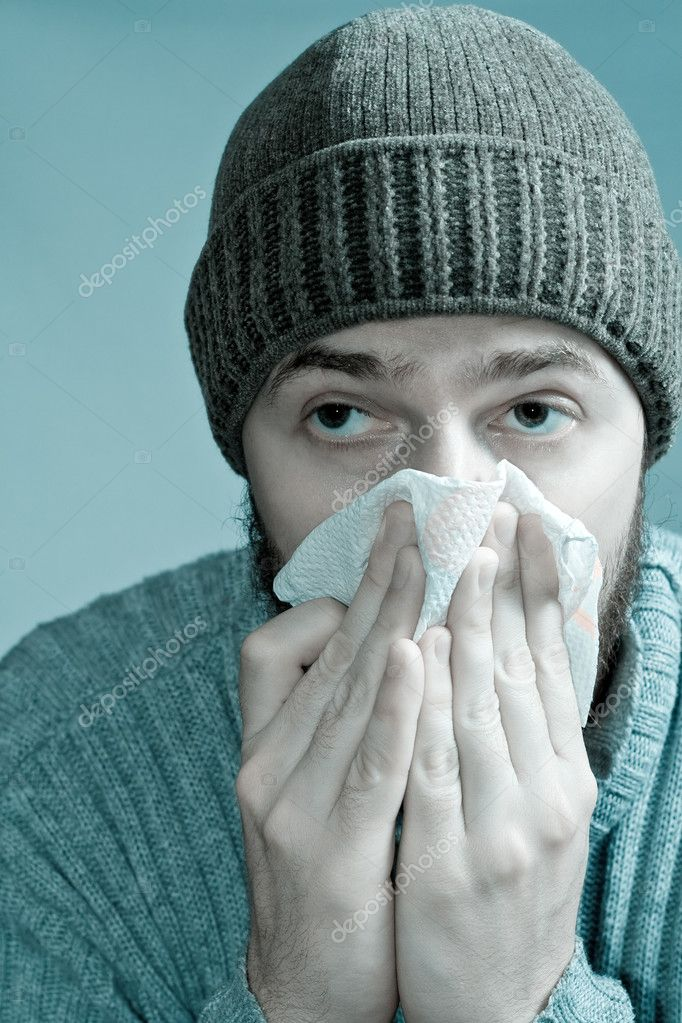 Portrait of sore man infected with flu virus — Stock Photo #4941982