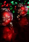 Rote Schneeflocke Kugeln — Stockfoto