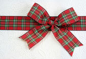 Red Plaid Christmas Bow — Zdjęcie stockowe