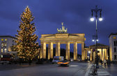 Christmas tree and Brandenburg Gate — Stock Photo