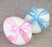 Easter White Chiken Eggs Tied with Ribbon — Stock Photo