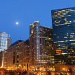 Chicago riverside at twilight — Stockfoto