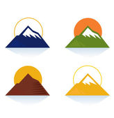 Mountain and tourist icons isolated on white (blue, yellow, green, brown) — Stock Vector