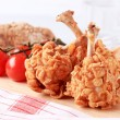 Chicken drumsticks coated with corn flakes — Foto de Stock