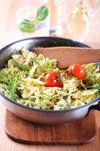Fiyonk makarna salatası — Stok fotoğraf