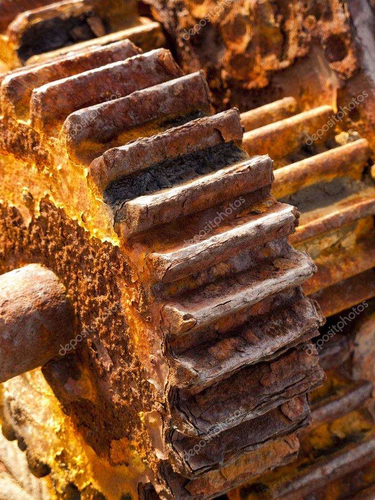 Detail of rusty cogwheels of a vintage winch — Stock Photo #4902730