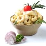 Tortellini and sauce — Stock Photo #4962279