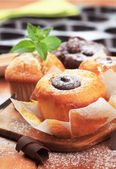 Fresh muffins and cupcakes — Foto de Stock