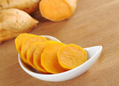 Cooked Sweet Potato Slices in White Bowl — Stock Photo