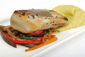 Main Dish: Mediterranean Tuna with Mashed Potatoes — Stock Photo