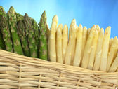Asparagus in Basket — Stock Photo