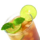 Mint Leaf and Lime on Iced Tea — Stock Photo