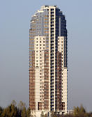 Standalone high-rise building — Stockfoto