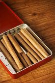 Cigarros en caja — Foto de Stock