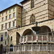 Fontana Maggiore next to the Duomo (Cathedral), Perugia, Umbria, Italy — Stock Photo
