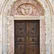 The Cathedral of San Rufino door, Assisi, Umbria, Italy — Stock Photo