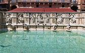 Fonte Gaia (Fountain of Joy), Siena — Stock Photo