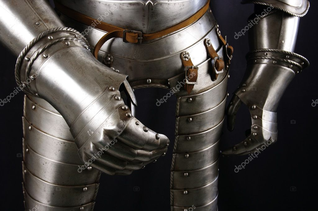 Armour of the medieval knight. Metal protection of the soldier against the weapon of the opponent — Stock Photo #5263062