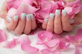 Piękne dłonie — Zdjęcie stockowe
