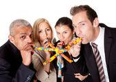 Anniversaire célébrant d'équipe affaires — Photo