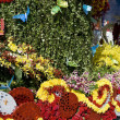 Flowers decorate float — Stockfoto