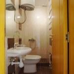 Small bathroom — Stock Photo #4592422