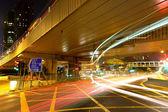 Ruch w nocy w hong kongu — Zdjęcie stockowe