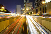 Traffic in city at night — Foto Stock
