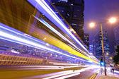 Natt trafikerar i staden — Stockfoto