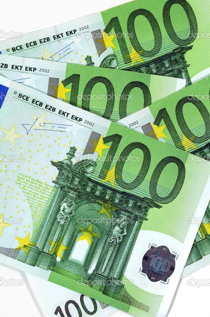 Stack of 100 Euro banknotes — Stock Photo #4464588