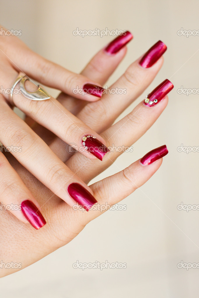 Woman manicure arranged — Stock Photo #4287317