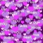 fundo roxo e rosa corações com palavras de amor — Foto Stock
