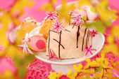 Almond ring cake for easter — Stock Photo