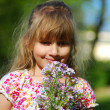Flowers for mummy — Stock Photo