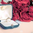 Valentine's day roses engagement ring — Stock Photo