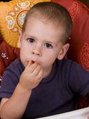 Boy eating — Stock Photo