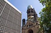 Zniszczony kościół w berlinie — Zdjęcie stockowe