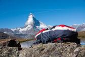 背包和马特洪峰 — 图库照片