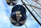 Booth attraction Ferris wheel in Park City Moscow — Stock Photo