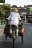 Triciclo rickshaw driver yogyakarta — Foto de Stock