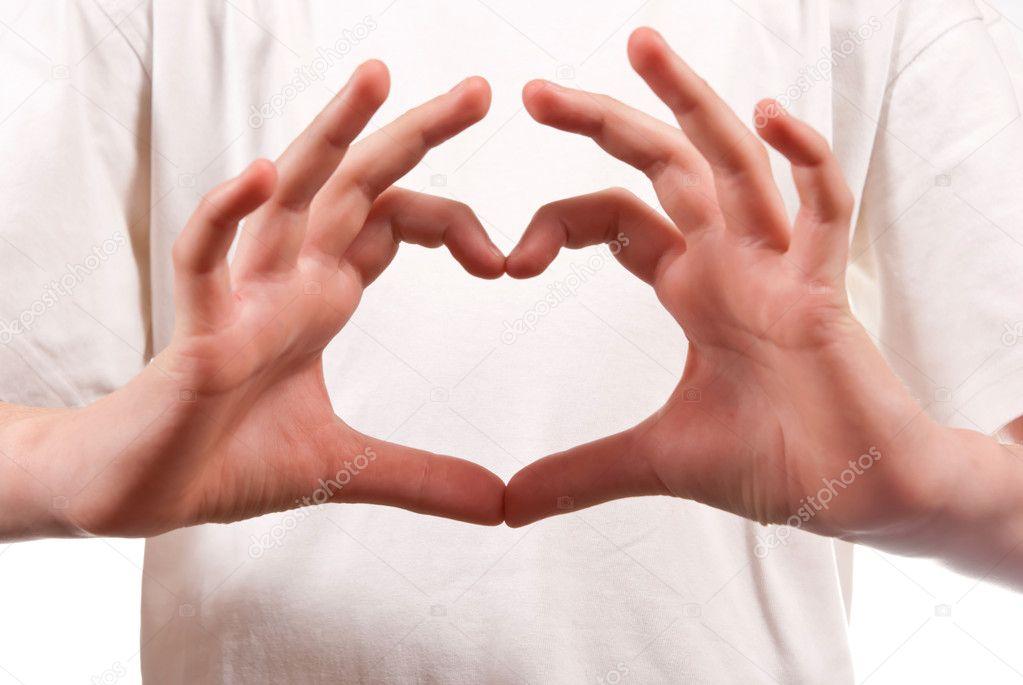 Как сделать из пальцев рук сердце 101
