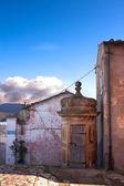 在费拉约港,厄尔巴岛上的灯塔古代保安亭 — 图库照片
