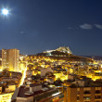 Night panorama city Alicante with castle Santa Barbara — Stock Photo