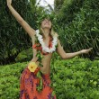 Hawaiian hula danced by a teenage girl — Stockfoto