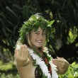 Hawaiian hula danced by a teenage girl — 图库照片